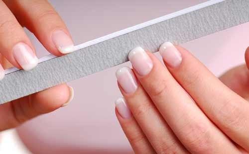 Как спилить гель с ногтей пилкой